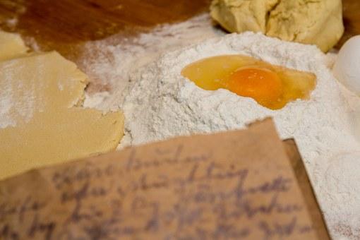 Kako so kuhale naše babice – vrnimo se v otroštvo