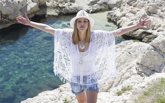 Poletne oblekice – kako se bo spremenila vaša garderoba pri hujšanju?