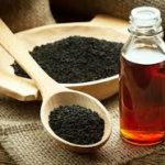 Olje črne kumine pomaga pri hujšanju