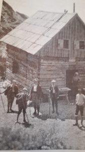 planine v Sloveniji  Vodnikov dom