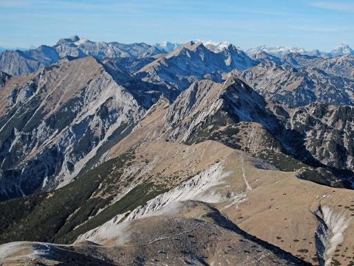 Hribi v Sloveniji – Spodnje bohinjske gore ali Peči